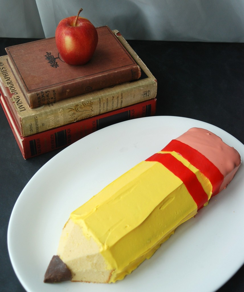 No-Bake Back-to-School Pencil Cake from Endlessly Inspired