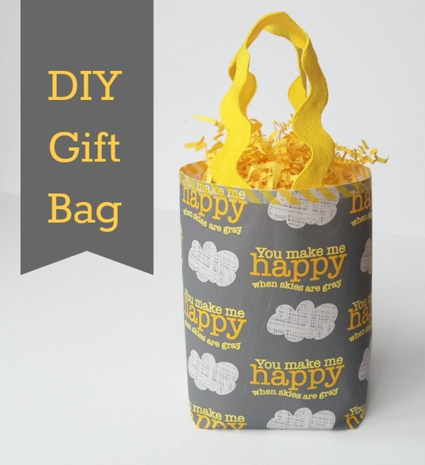 Step-by-step instructions {with photos!} on how to create your own gift bag out of wrapping paper -- or whatever paper you want!