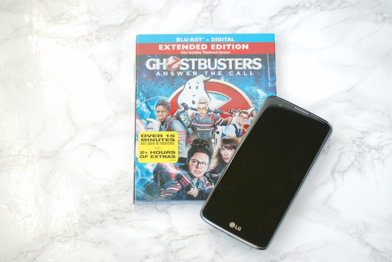 Plan a movie night for the new Ghostbusters movie with a Ghostbusters snack mix and green slime popcorn. #CatchMoreData #Ghostbusters #ad
