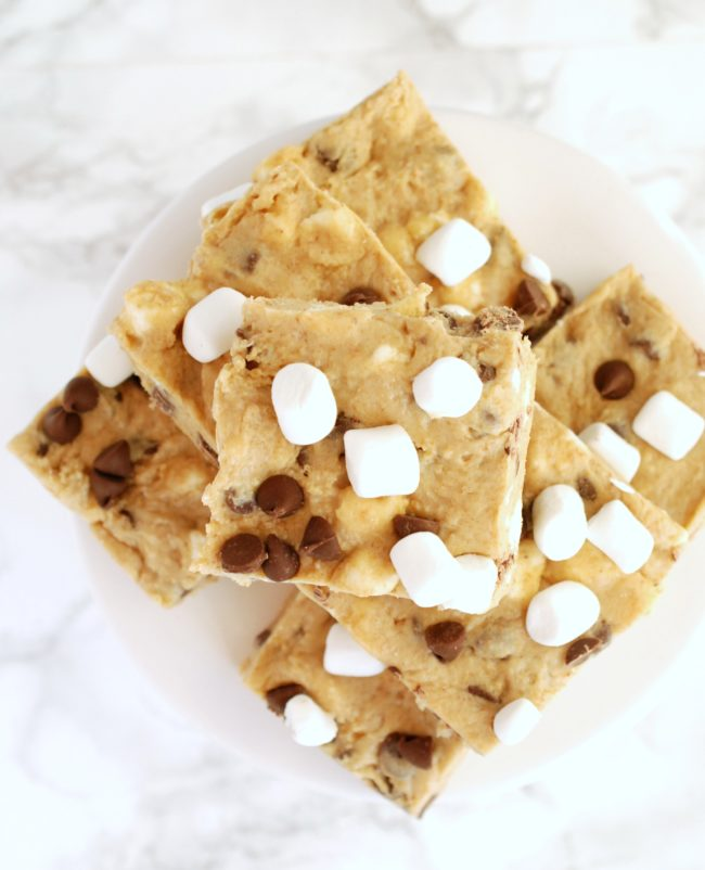 OMG. No-bake bars that taste like s'mores and cookie dough. Yes please!